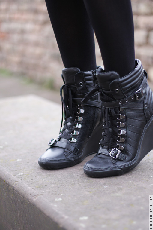 boots ash1 Non, cest pas facile facile de tenir un blog mode...