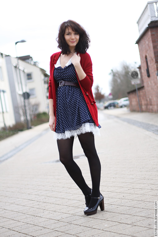 miss patina dress1 Rouge et bleue à petits pois