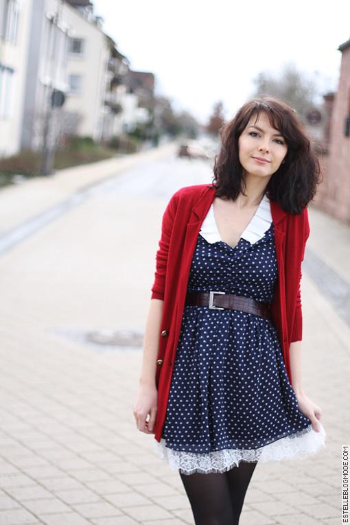 robe miss patina Rouge et bleue à petits pois