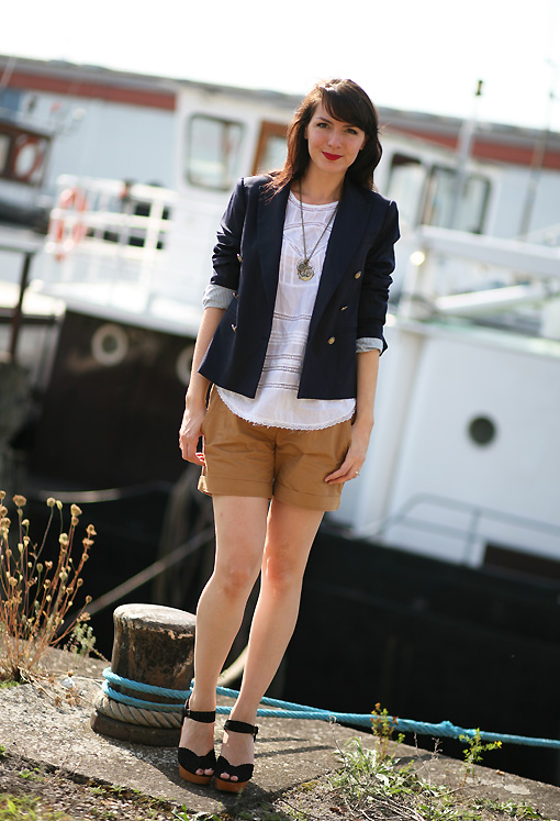 look tendance navy Baroudeuse chic !