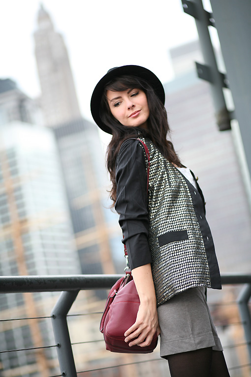 look chapeau sequins East River