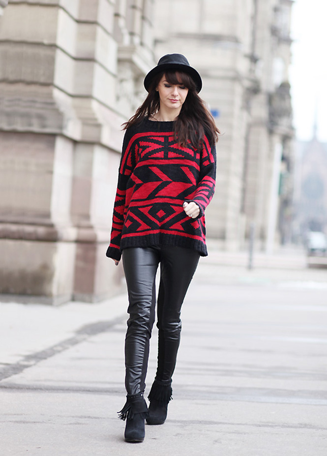 pull tendance ethnique1 Red aztque