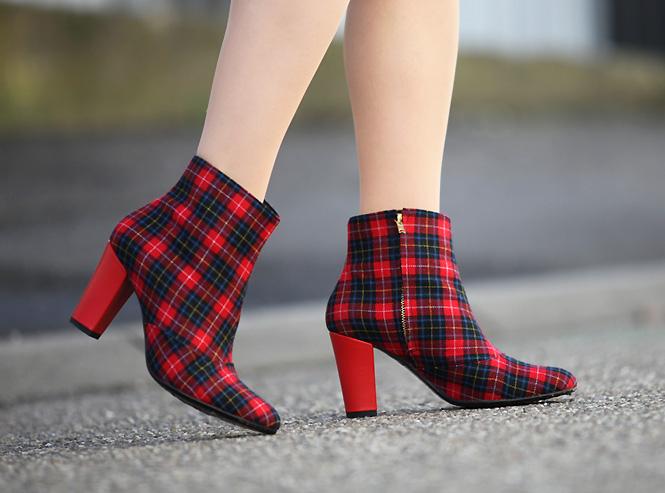 dmus tartan boots Red tartan