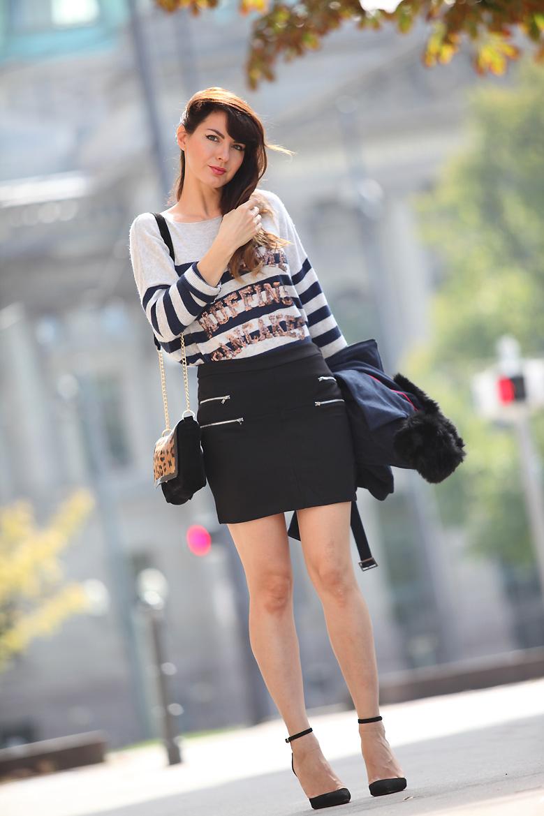 mini jupe tati 1P20S : Little black skirt