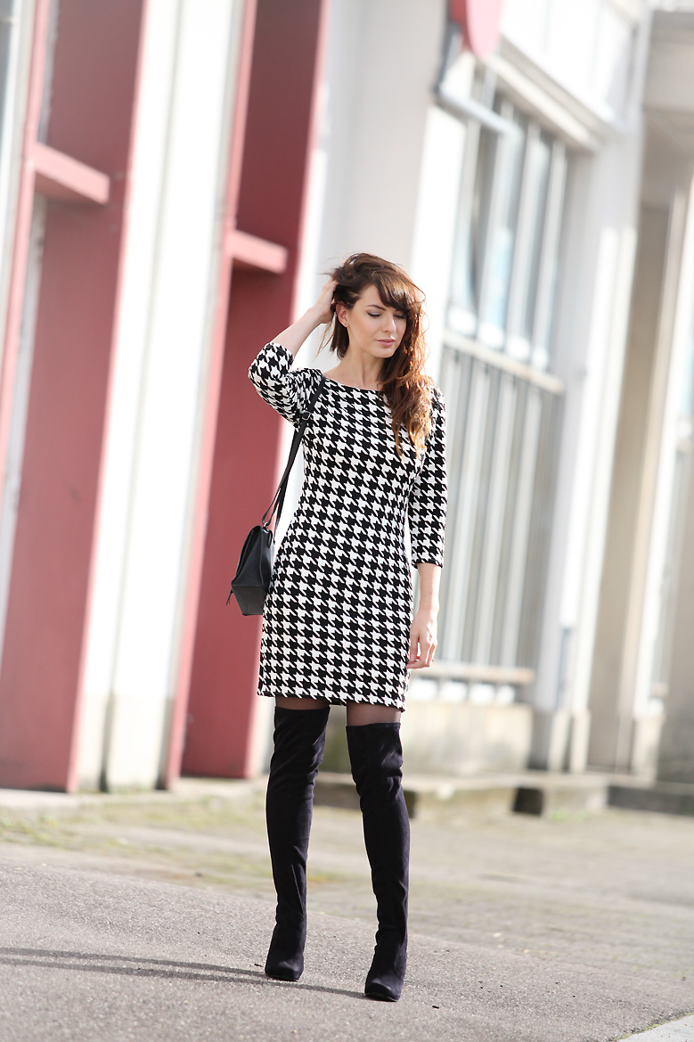 robe pied de poule [FR] October 14