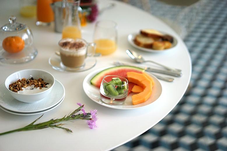 loccitane-breakfast