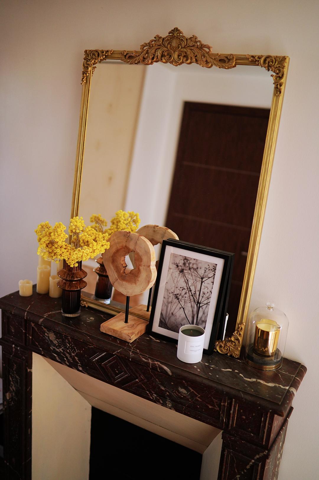 Diy Mon Miroir Ancien Dore A Moulures Estelle Segura Blog Mode Influenceuse Mode Et Beaute