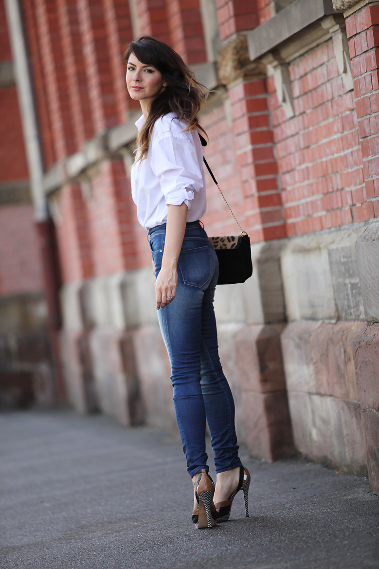 look_jean_chemise_blanche