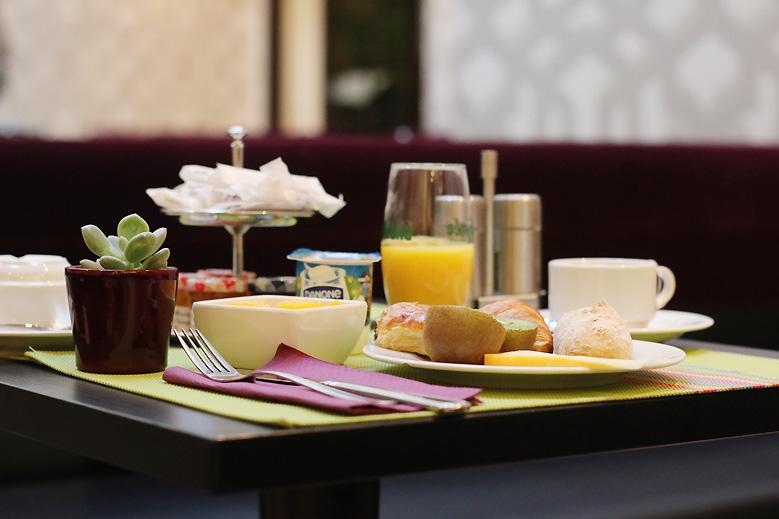 hotel_etoile_saint_honore_paris1