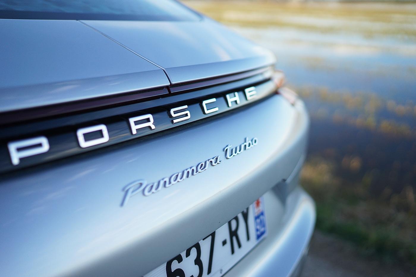 porsche-panamera-turbo-2016